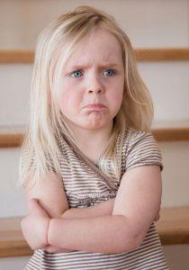 Через сколько минут у вас сносит крышу, когда ребёнок плачет или ноет?